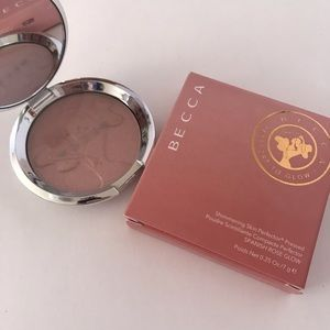 NEW LIMITED EDITION Becca Spanish Rose Glow